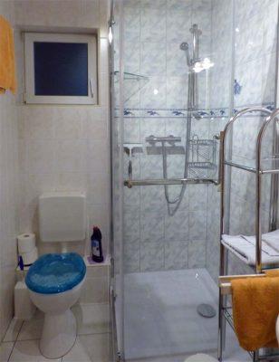 Fewo2 Bad mit Dusche/WC