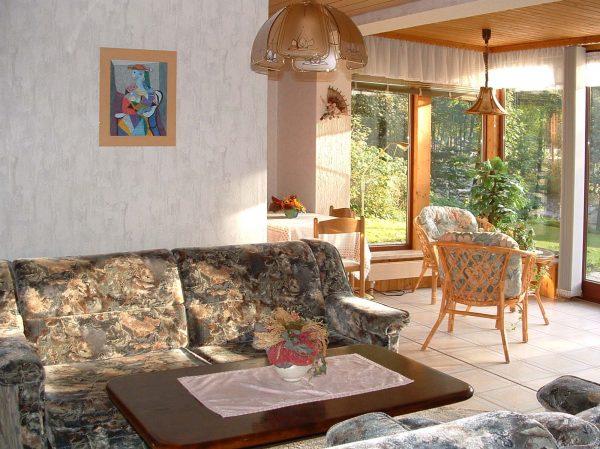 Ferienwohnung 2 Wohnzimmer mit Wintergarten