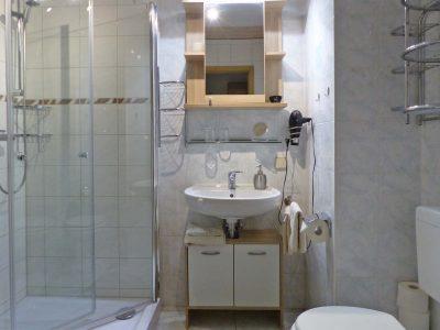 Fewo 3 Badezimmer mit großer Dusche